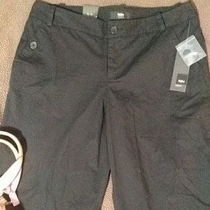 Mossimo Black Cropped Pants Size 8